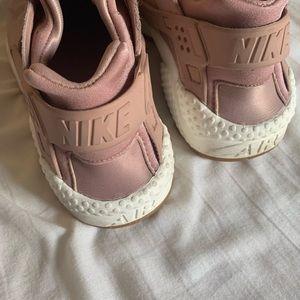 Pink Nike Huarache